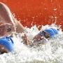 Crédit: Imacom: Jessica Garneau Journaliste: Jean-Guy Rancourt au premier plan Xavier Desharnais arrive 4e au sprint et en arriere plan Petar Stoychev arrive 3e au sprint des nageurs de la traversee internationale du Lac Memphremagog